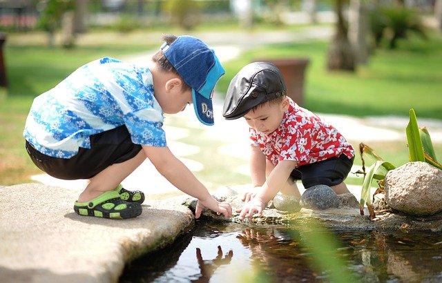 Memergoki Anak Saat Melakukan Kebaikan